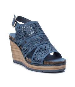 Perforované sandály na klínku