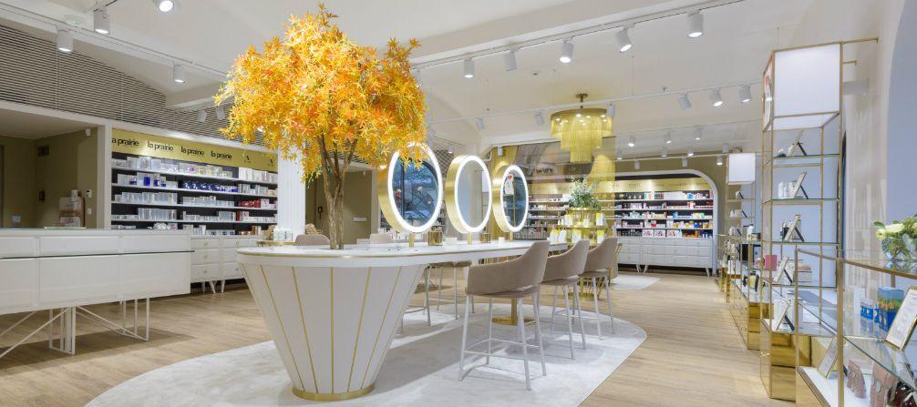 e504385734 Parfumerie Fann lákají na nový beauty atelier