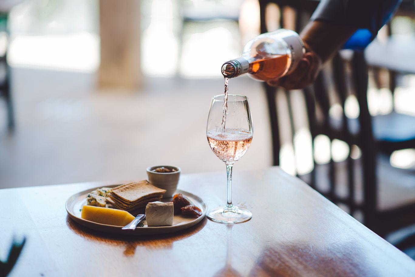 České víno a Michelin. Co od našich vinařů najdete v nejlepších  restauracích světa 05fe7e791b