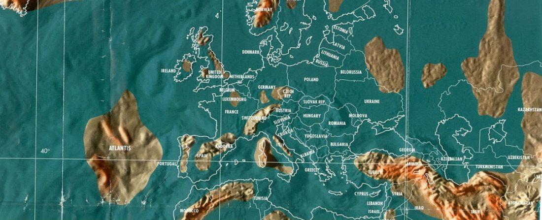 Vytetoval Si Na Zada Mapu Sveta A Vybarvuje Si Zeme Ktere Projede